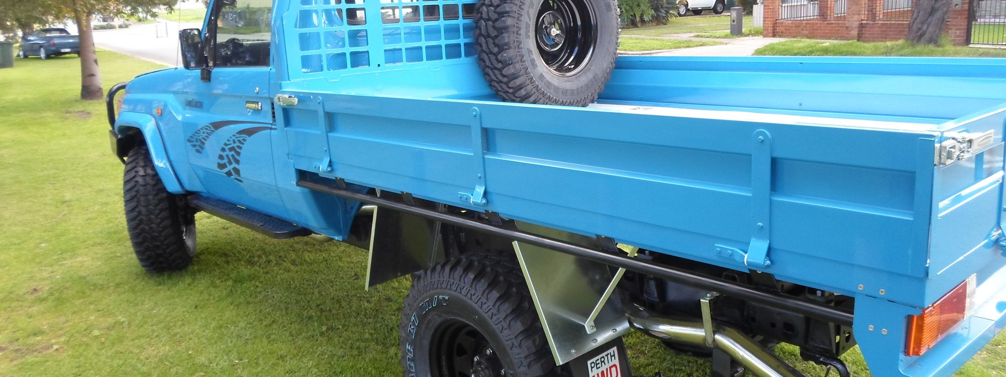 steel landcruiser tray - we can recondition your ute at Perth 4WD