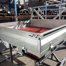 navara steel tray