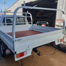 steel tray with ladder rack